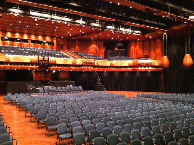 Montreux Jazz Festival >> Montreux - Stravinski Auditorium - wiki-gigs